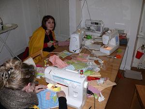 http://scrap.en.folie.free.fr/apourblog/atelier/CoutureFevrier12/Image19.jpg