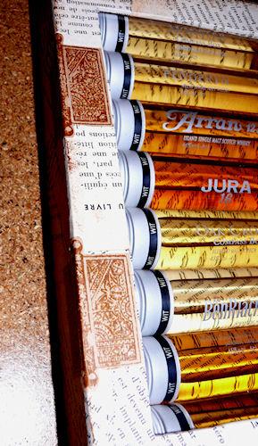 http://scrap.en.folie.free.fr/apourblog/cartonnage/boitewhisky/Image2.jpg
