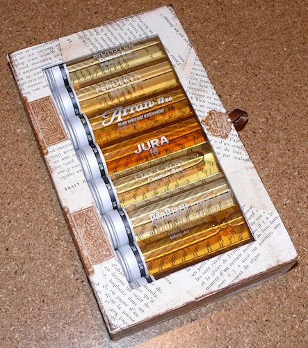 http://scrap.en.folie.free.fr/apourblog/cartonnage/boitewhisky/Image8.jpg