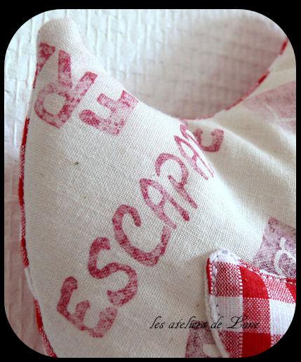 http://scrap.en.folie.free.fr/apourblog/couture/cocotte/cocotte2013/rouge/1/Image14.jpg
