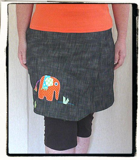 http://scrap.en.folie.free.fr/apourblog/couture/jupeportefeuille/elephant/Image5.jpg