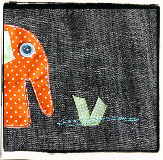 http://scrap.en.folie.free.fr/apourblog/couture/jupeportefeuille/elephant/Image8.jpg