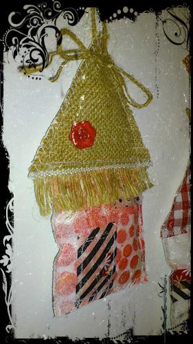 http://scrap.en.folie.free.fr/apourblog/couture/noel2012/maison3abis.jpg