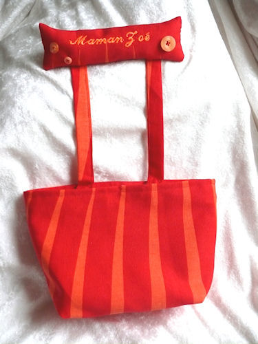 http://scrap.en.folie.free.fr/apourblog/couture/poubellescrap/mamanzoe/3.jpg