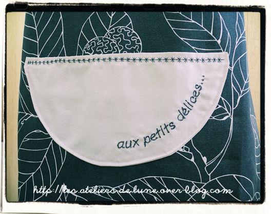 http://scrap.en.folie.free.fr/apourblog/couture/tablier/pournoel2012/Image10.jpg
