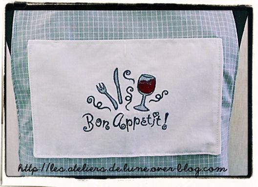 http://scrap.en.folie.free.fr/apourblog/couture/tablier/pournoel2012/Image11.jpg