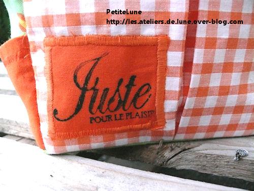 http://scrap.en.folie.free.fr/apourblog/couture/tote1/1.jpg