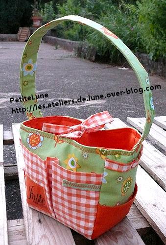 http://scrap.en.folie.free.fr/apourblog/couture/tote1/3.jpg