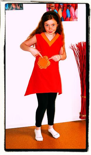 http://scrap.en.folie.free.fr/apourblog/couture/vetement/tuniqueassymetriques/orlane/1/Image6.jpg