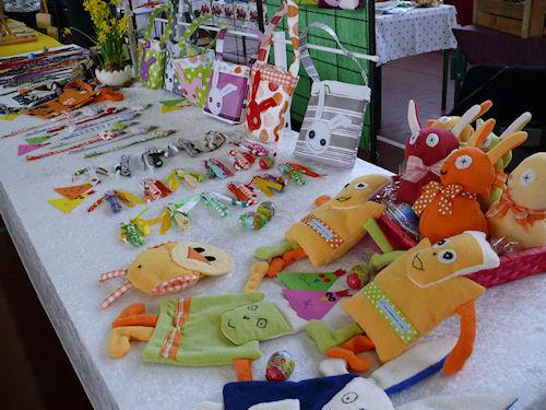 http://scrap.en.folie.free.fr/apourblog/marchepaques3avril2011/Image3.jpg