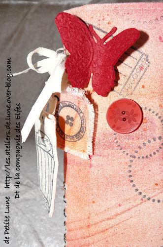 http://scrap.en.folie.free.fr/apourblog/minialbum/coutureANEPASOUBLIER/4.jpg
