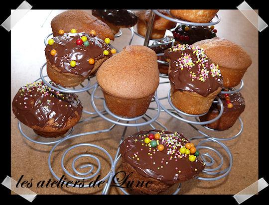 http://scrap.en.folie.free.fr/apourblog/recettes/cupcake/nappagenutnut09_2012/Image2.jpg