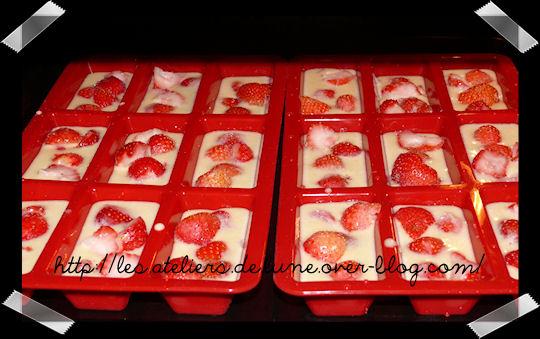 http://scrap.en.folie.free.fr/apourblog/recettes/dessert/gateau/PommeFRAISE.jpg