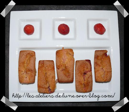 http://scrap.en.folie.free.fr/apourblog/recettes/dessert/gateau/PommeFRAISE6.jpg