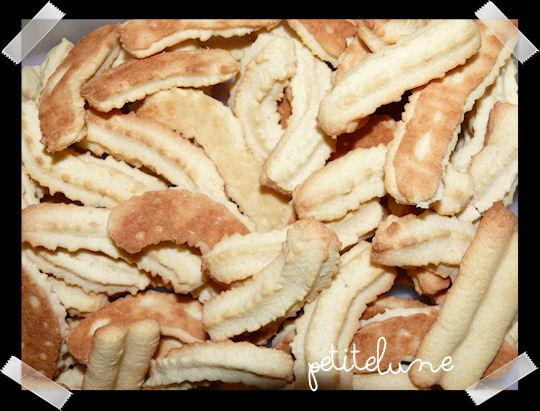 http://scrap.en.folie.free.fr/apourblog/recettes/gateaudeNoel/2012/Image2.jpg