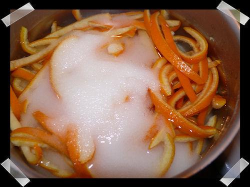 http://scrap.en.folie.free.fr/apourblog/recettes/orangesconfites/Image5.jpg